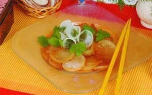 Теплый салат из дайкона