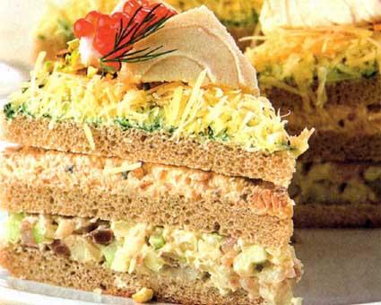 Бутербродный торт с лососем