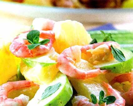 Салат из креветок с яблоками